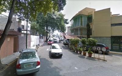 Casa En Los Olivos Coyoacan, Adjudicada