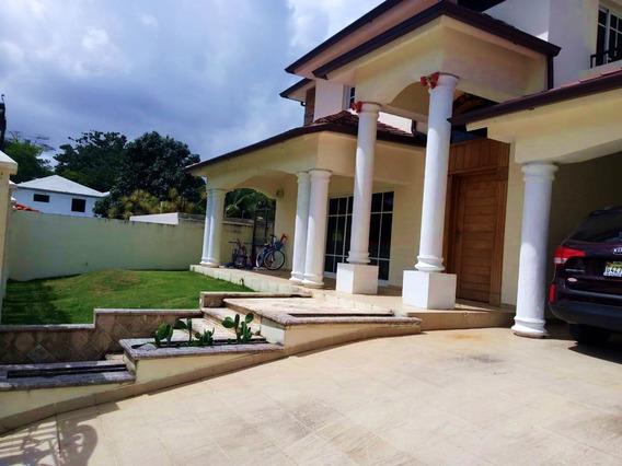 Alquilo Amplia Y Elegante Casa En Alameda