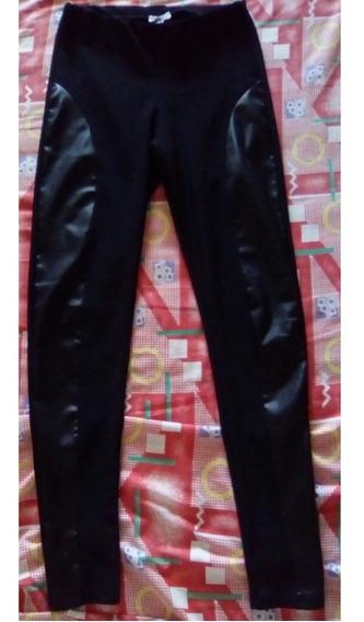 Pantalon Tipo Leggin Con Apliques De Cuerina