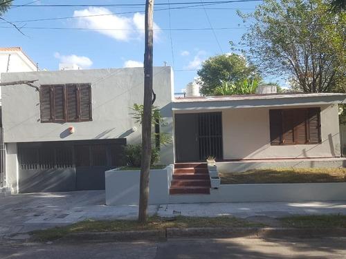 Bº Pque Velez Sarsfield - Casa En Venta 4 Dormitorios