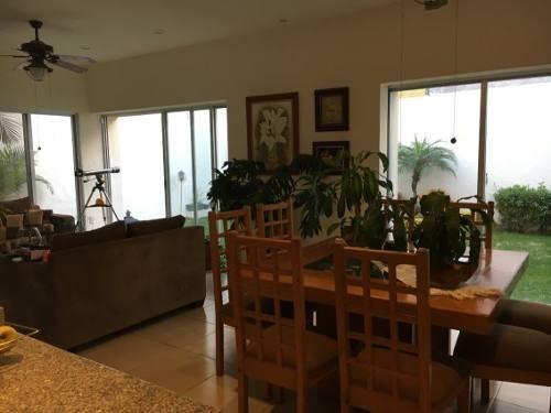 Casa En Privada En Tzompantle Norte / Cuernavaca - Ber-692-cp
