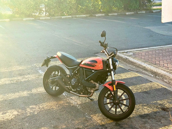 Ducati Scrambler 400 Sixty2 Atomic Orange - Casi Nueva!