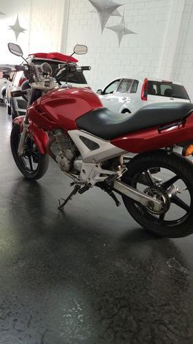 Imagem 1 de 8 de Honda Cbx 250 Twiste