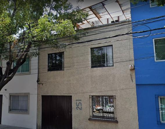 Remates Casa Col Roma Norte $ 3,198,250