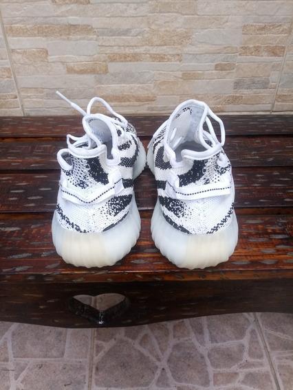 Tênis adidas Yeezy Boost V2 350 Zebra