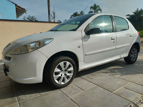 Peugeot 207hb Xr 1.4 Flex 5p Branco