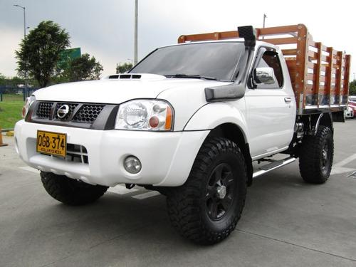 Nissan Frontier Estacas 2.5 Diésel 4x4
