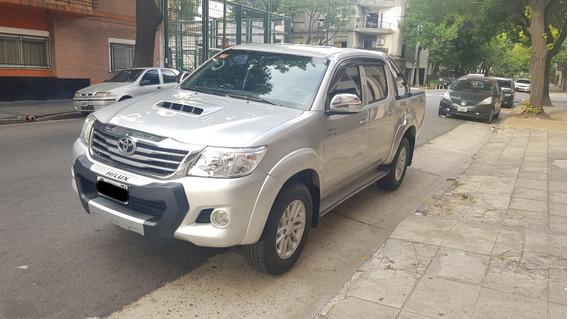 Toyota Hilux 3.0 Cd Srv Cuero 171cv 4x2 C/camara Igual 0km!!