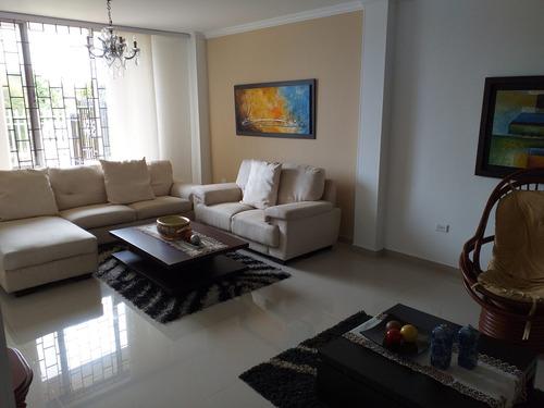 Vendo Casa  En Ciudad Jardín, Barranquilla