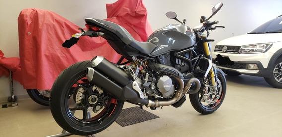 Ducati Monster 1200s Ducati Monster 1200s