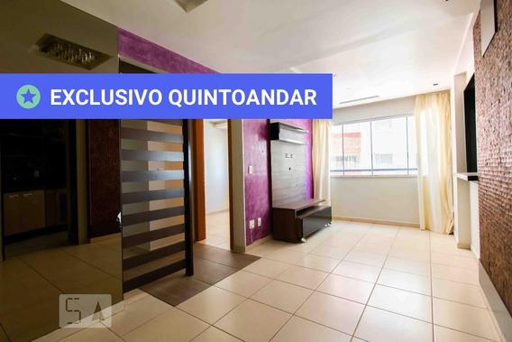 Apartamento No 3º Andar Com 2 Dormitórios E 2 Garagens - Id: 892971006 - 271006