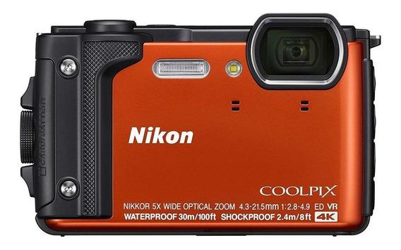 Nikon Coolpix W300 compacta laranja