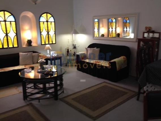 Excelente Casa Térrea, Ampla, Em Localização Privilegiada! Agende Sua Visita! - Ca0926