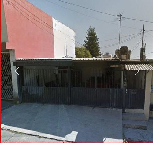 Casa Sola En Lomas De Cortes / Cuernavaca - Iti-1547-cs