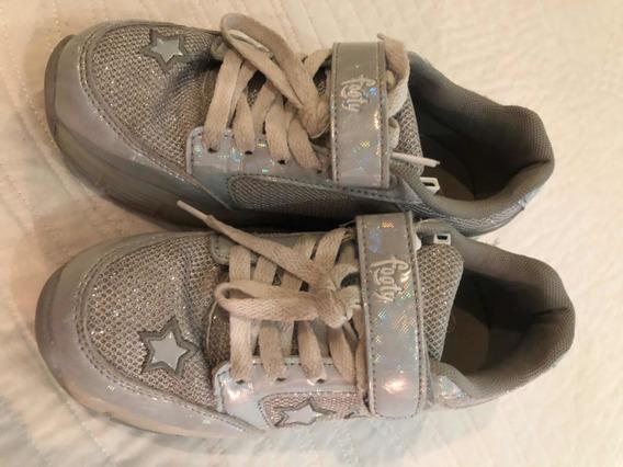 Zapatillas Con Rueditas Footy Plateadas Numero 33