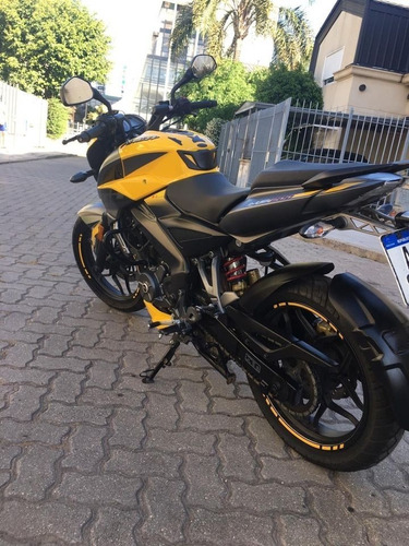 Rouser Ns 200fi Abs