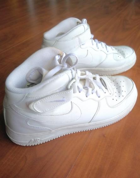 Tênis Nike Air Force I Branco. R$250. Tam:41