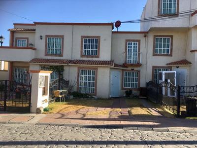 Renta Casa En Fraccionamiento El Carruaje. 3 Recamaras