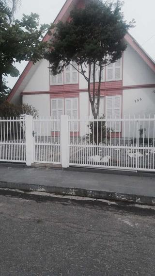 Aluga-se Casa Para Temporada No Litoral De Meia-praia/sc
