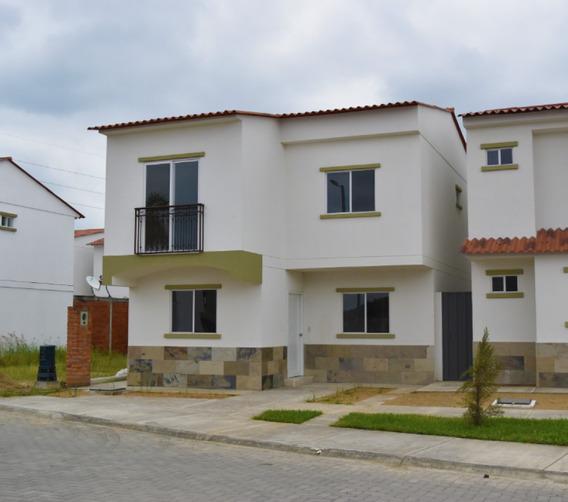 Alquiler De Casa En Urbanizacion Logare De 4 Dormitorios