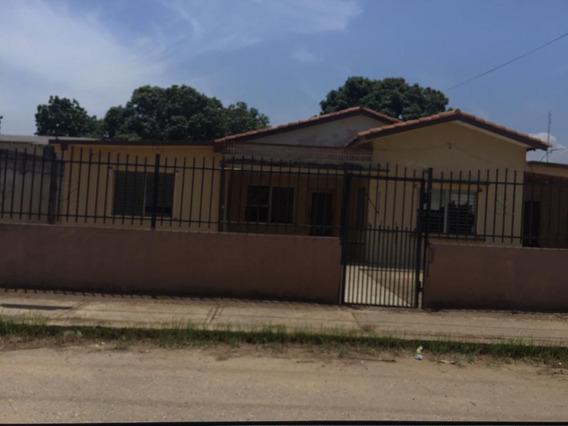 Casa En Venta Ciudad Ojeda Terreno 1.067 Mts