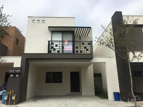 Casa Sola En Renta En Altabrisa, Apodaca, Nuevo León
