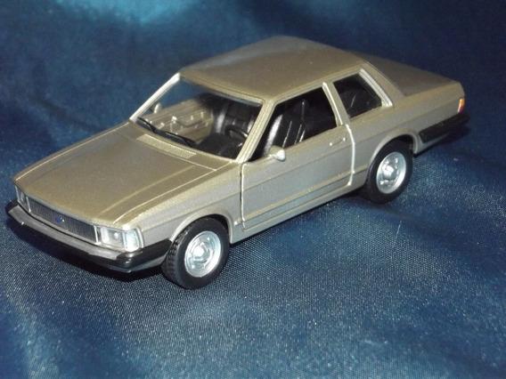 Miniatura 1:43 - Ford Del Rey - ( Abre Portas )