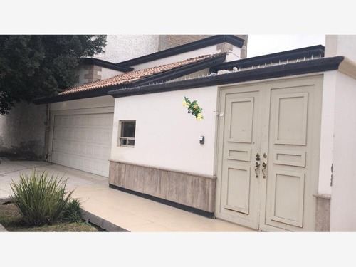 Casa En Renta En Las Rosas