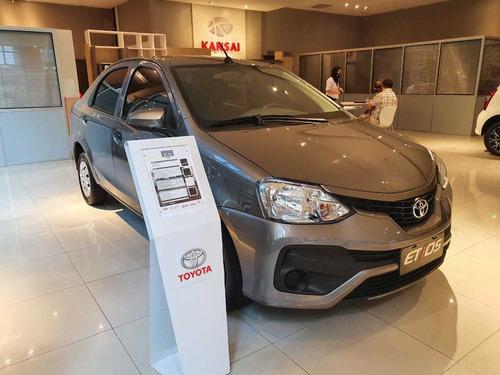Toyota Etios X 1.5 6m/t 4p