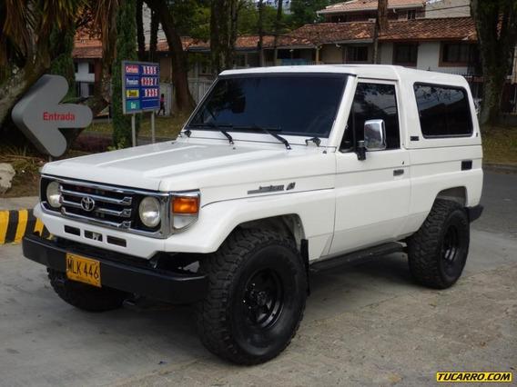 Toyota Land Cruiser Landcruiser