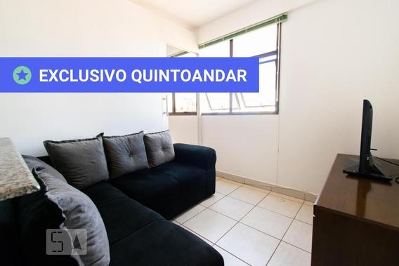 Apartamento No 7º Andar Mobiliado Com 1 Dormitório E 1 Garagem - Id: 892864692 - 164692