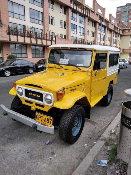 Toyota Fj 43 (largo) Cabinado