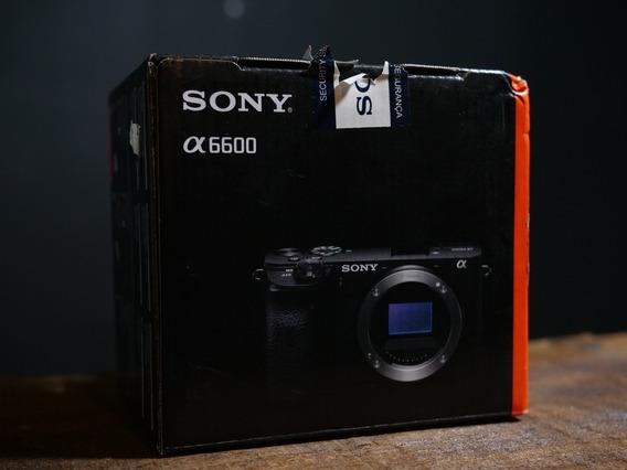 Câmera Sony A6600