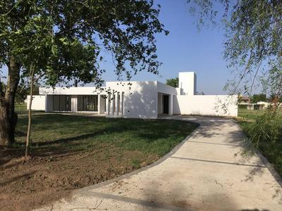 Casa A Estrenar En Barrio Causana ( Autopista Carlos Paz )