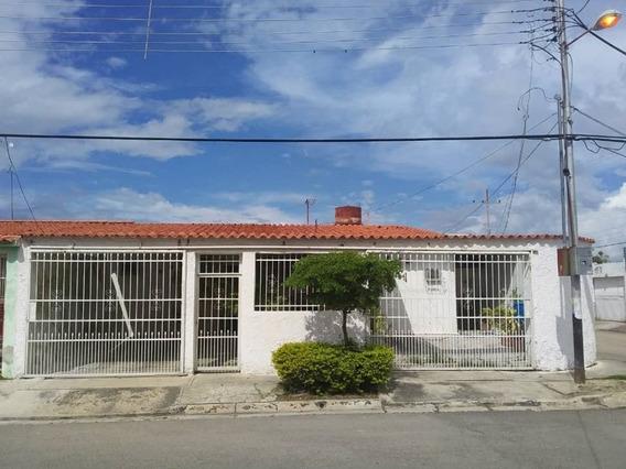 Casa Con Local Paraparal Los Cerritos Foc 542