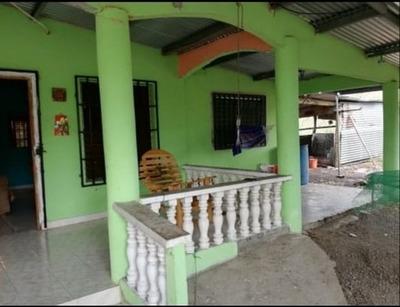 Se Vende Casa De Segunda En Bagala, Boqueron