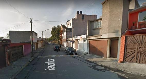 Casa En Lomas De Bulevares Mx20-ip7520