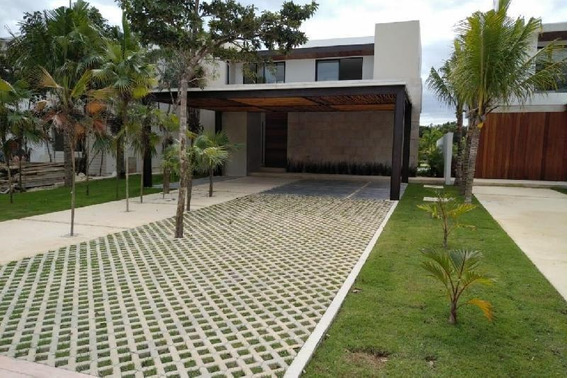 Casa En Venta, Residencial Lagos Del Sol, Cancun Quintana Roo