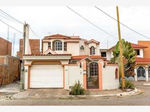 Casa Sola En Venta Lomas De Mazatlan Residencia En Ubicacion Priomordial A Cuadras De Playas