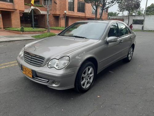 Mercedes Benz Clase C-180 Automatico