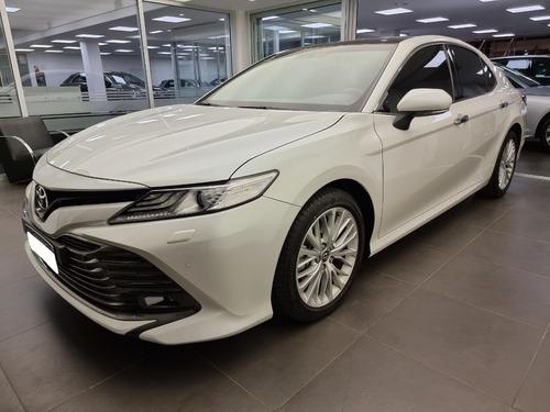 Toyota Camry 3.5 V6 At8 302cv 2019 Solo 4000 Kms!!! - Lenken