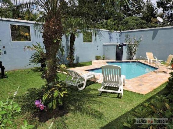 Casa Isolada Em Condomínio Fechado 348 M² 04 Dormitórios (02 Suítes) Quintal Gramado Piscina 06 Vagas Bem Localizada Na Granja Vianna - Sp - Ca0400