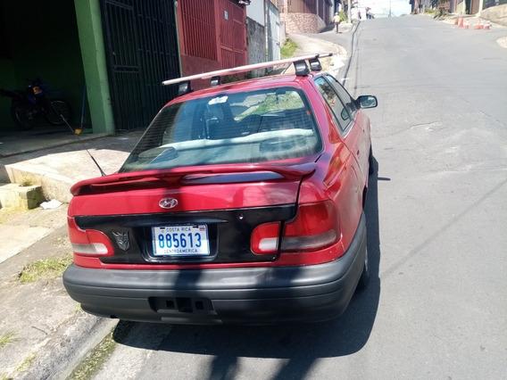 Hyundai Elantra Cuatro Puertas