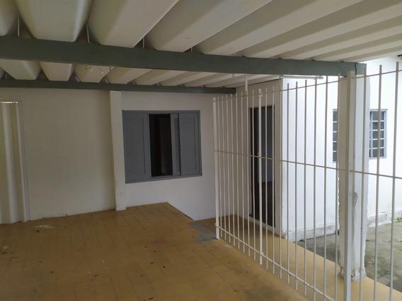 Aluga Casa 3 Dormitórios - Jd. Da Granja   Sjcampos - 417