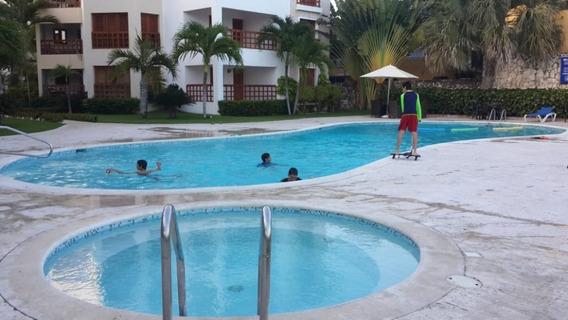 Apartamento En Juan Dolio, 2h, 2b, Piscina, Piso 3.