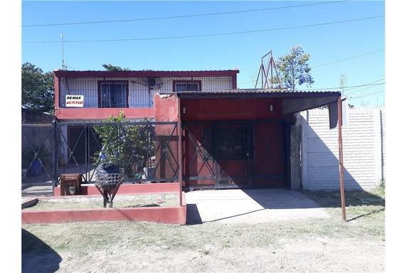 Casa Rafael Calzada En Venta 6 Ambientes