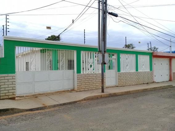Casas En Venta Maracaibo Of, Sabaneta # 20-436