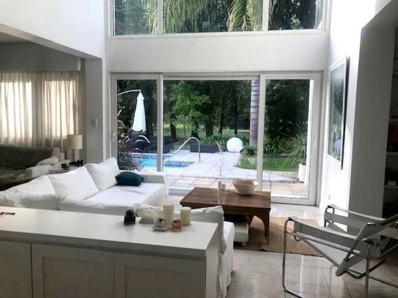 Maravillosa Casa Minimalist En Venta Country Banco Provincia