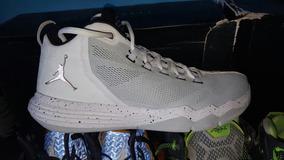 Tenis Jordan Cp3
