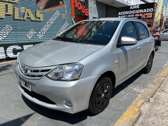 Toyota Etios Xs / 2015 + 71.000kms / Impecable / Unico Dueño